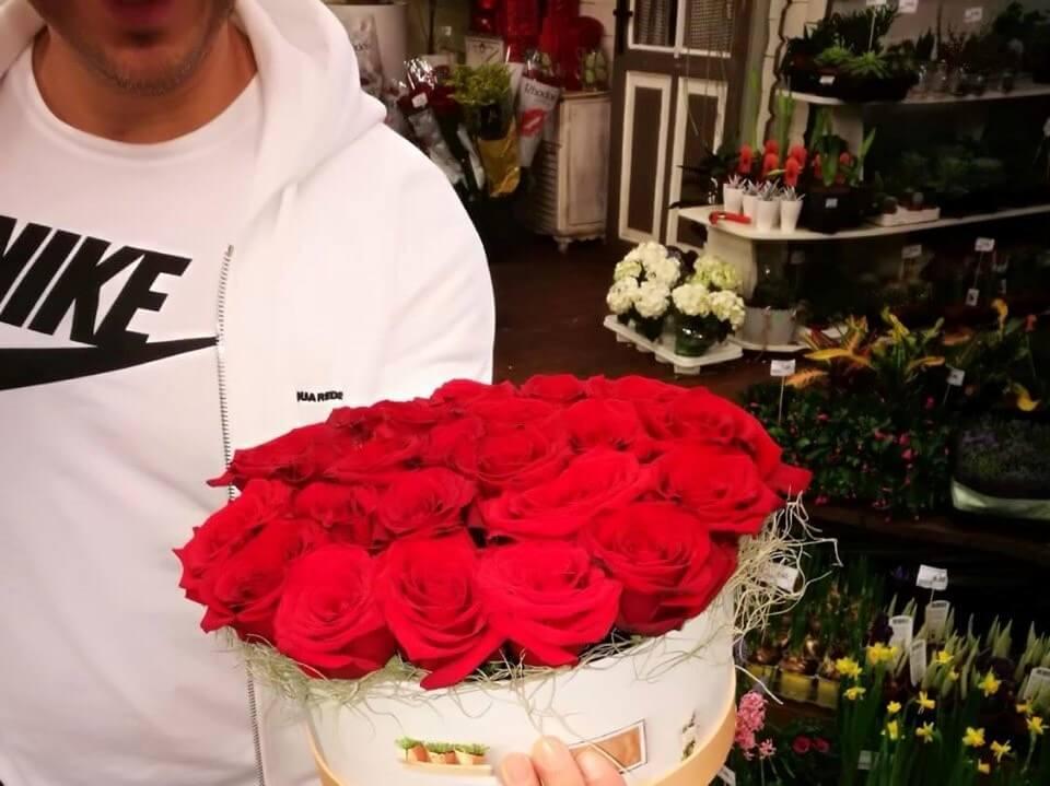 3 cadou trandafiri